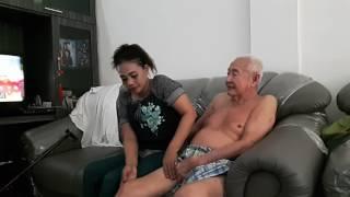 Download Video Kenang2an dgn tukang pijit MP3 3GP MP4