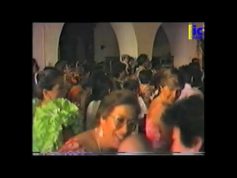 Subida de la Virgen de la Esperanza a su carreta Romería 1987 - La Redondela.