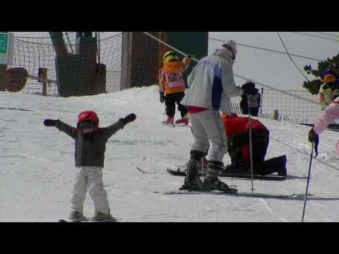 kikeadventure - Kike skiing off track (видео)