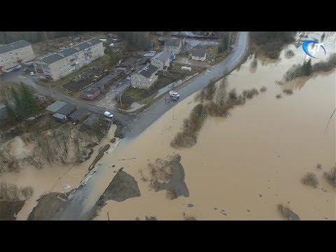 Руководство области, МЧС и журналисты облетели места, пострадавшие от паводка