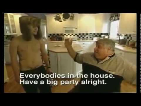 Viva La Bam - Viva la Bam extras. Bam's private skatepark in the house. Don Vito: