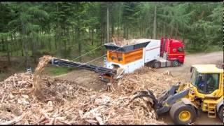 NEW M&J PreShred 4000M waste shredder in action - shredding roots
