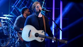Ed Sheeran Performs 'Shape of You'! Video