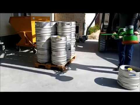 Manutention de fûts de bières
