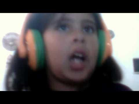 una nena canta la cancion de abham mateo te voy a mar canta cathy