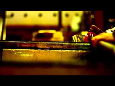 http://www.youtube.com/watch?v=jvhvNMDBNNc