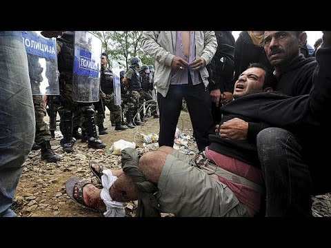 ΠΓΔΜ: Χημικά και πλαστικές σφαίρες εναντίον των μεταναστών