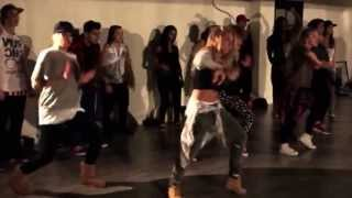 Video Orang Amerika Dance Flying High Agnes Monica MP3, 3GP, MP4, WEBM, AVI, FLV November 2017