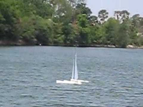 Nightmare MK VIII Mini40 Trimaran - Diving
