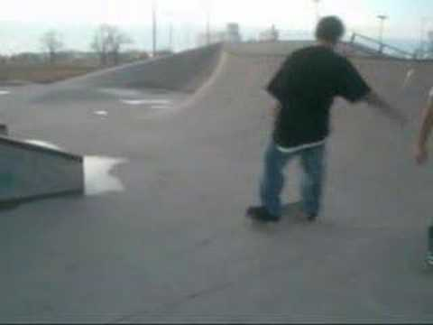 messin around at emporia skatepark