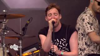 """Angry Mob - Kaiser Chiefs """"Live Pinkpop Festival 2017"""" - HD"""
