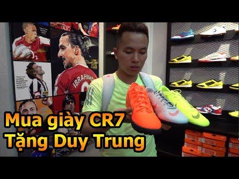 Thử Thách Bóng Đá Đỗ Kim Phúc đi mua giày của Ronaldo Juventus tặng cho Quang Hải Nhí Duy Trung - Thời lượng: 12 phút.