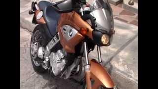 10. Moto BMW f650 cs SCARVER 2003