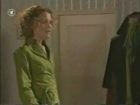 Carla & Hanna (Verbotene Liebe) - 28-29