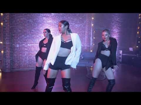 Video Charlie Puth- Done for Me Ft. Kehlani download in MP3, 3GP, MP4, WEBM, AVI, FLV January 2017