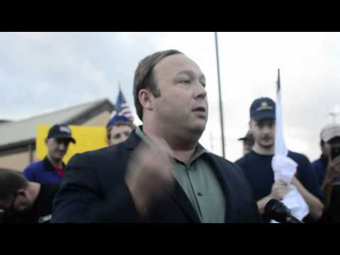 Alex Jones shows up to confront Piers Morgan in Katy, TX