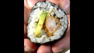 Recette Japonaise : Maki (sushi) De Crevettes Panees Et Avocat Sur Www.a-vos-baguettes.com