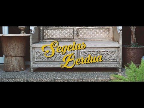 Fourtwnty Segelas Berdua Lyric Video
