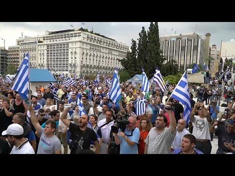 Tsipras gewinnt die Vertrauensabstimmung - Proteste v ...