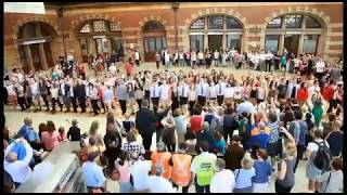 Awesome Irish Dancing including members of Riverdance and school children in spectacular Central Station Sydney. Over 100 ...