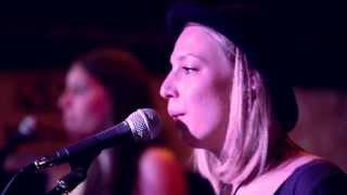 M´n´M - Colors (COVER / live @ Irish Pub Gießen)Sommer 2013Mehr unter: https://www.facebook.com/MandM.Music
