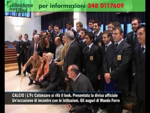 CALCIO | L'Fc Catanzaro si rifà il look. Presentata la divisa ufficiale