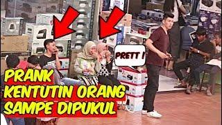 Video KENTUT PAS DI HIDUNG ORANG SAMPE DIPUKULI ! FART IN PUBLIC - PRANK INDONESIA MP3, 3GP, MP4, WEBM, AVI, FLV Februari 2019