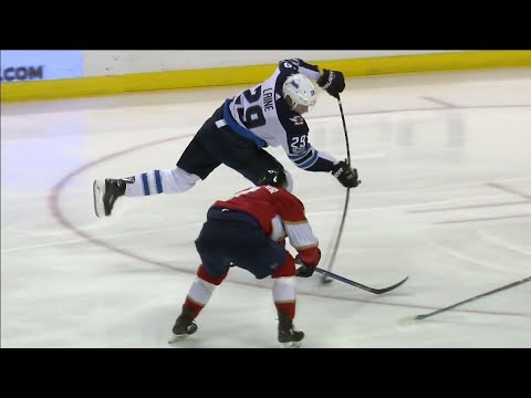 Video: Jets' Laine fires his 15th of the season past Panthers' Reimer
