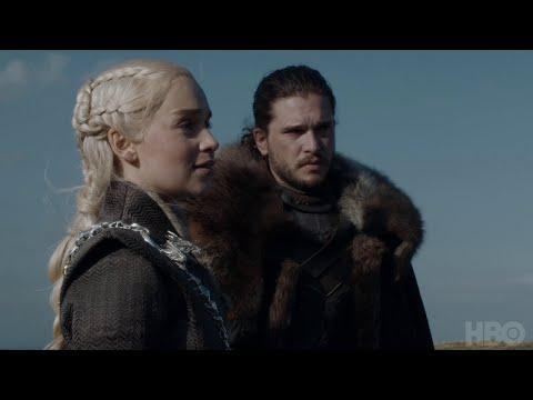 """هل تعتقد أن لقاء """"دينيريس"""" و""""جون سنو"""" و""""جورا"""" كان محرجا؟ هكذا وصفه أبطال Game Of Thrones"""