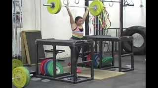 Weightlifting training footage of Cataly