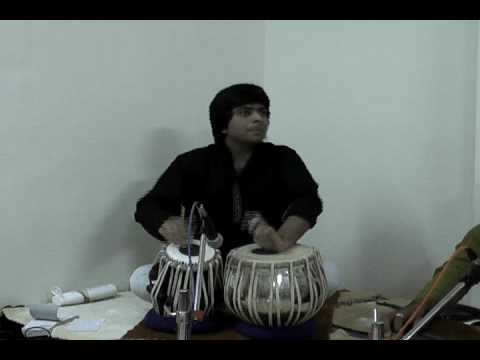 tabla gharana - Rushi Vakil, son of Tabla Guru Pandit Divyang Vakil, plays Delhi Gharana compositiions, including the famous kayda dha te te (a favourite of Ustad Latif Ahme...