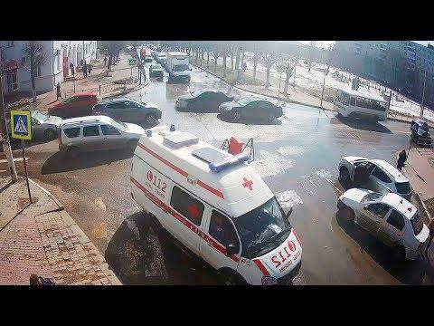 ДТП в Серпухове с машиной скорой помощи на улице Советской