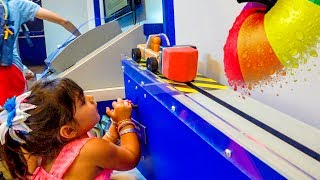 Children's Museum Fun Activites for Kids Plastic Ball Games Part 2 - ZMTWWatch Zoey having lots of fun and Fort Bend Discovery Center in Sugar Land. This is an amazing children's museum for kids of all ages.Please subscribe, like, and comment for upcoming videos.Like us on Facebookhttps://www.facebook.com/zoeymeetstheworldKids Arcade Games, Plastic Balls Game, Splash the Ducks Game, Chuck E Cheese's - ZMTWhttps://www.youtube.com/watch?v=vQXwIw7yD8U&tKids Sliding, Jumping, Indoor Playground, Majestkids Playlandhttps://www.youtube.com/edit?video_id=m-R3rEOLiKgCarnival Cruise Water Slide Fun for Kids WaterWorks Carnival Legendhttps://www.youtube.com/edit?video_id=XuDzxON8thUChildren's Museum Fun Videos and Activities for Kidshttps://www.youtube.com/playlist?list=PL7SgjrakpKZoTAz8a_pmrmdOieE61pKkRIndoor Playgroundshttps://www.youtube.com/playlist?list=PL7SgjrakpKZpfOU-xARdCf3wyZyNWiDmIIndoor Kids Games & Amusement Parkshttps://www.youtube.com/playlist?list=PL7SgjrakpKZrjbB-7AMQDNYv9CsPt1l2cKids Playing Indoor Playground, Baby Games at Gymboree Playhttps://www.youtube.com/watch?v=kdWXyIotE1UOutdoor Fun For Kidshttps://www.youtube.com/playlist?list=PL7SgjrakpKZqJnxBM6yVOVyUcqaR-OBvdHere is how you write baby playing and kids playing in different languages: bebé jugando, niños jugando,  孩子们玩, खेल रहे बच्चों, بچوں کے کھیل سے, дети , играющиеToy in other Languages: खिलौने, brinquedos, ของเล่น, اللعب, igračke, đồ chơi, oyuncaklar, leksaker, juguetes, играчке, игрушки, jucării, тоглоом, leker, اسباب بازی, zabawki, 장난감, トイズ, giocattoli, mainan, játékok, צעצועים, Hračky, legetøj, speelgoed, laruan, jouets, Spielzeug, Παιχνίδια