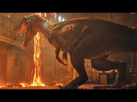 Jurassic World 2: Fallen Kingdom - Life Finds A Way