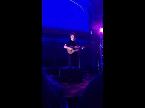 Wake Me Up (Live) - Ed Sheeran at the Artists Den New York City 4/13/13