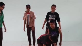Nonton Film Ngenest 9h Smpn24 Surabaya Film Subtitle Indonesia Streaming Movie Download