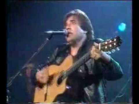 José Feliciano tocando Billie Jean