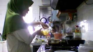 Masak rasam khas masakkan india.