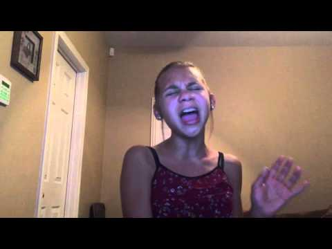 Video Pretty Hurts Beyoncé (cover) download in MP3, 3GP, MP4, WEBM, AVI, FLV January 2017