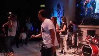 Download Lagu Young Pharoz - Thrift Shop (Remix/Live) HD Mp3