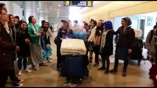 DROR Girls Welcome Newcomers to Israel!