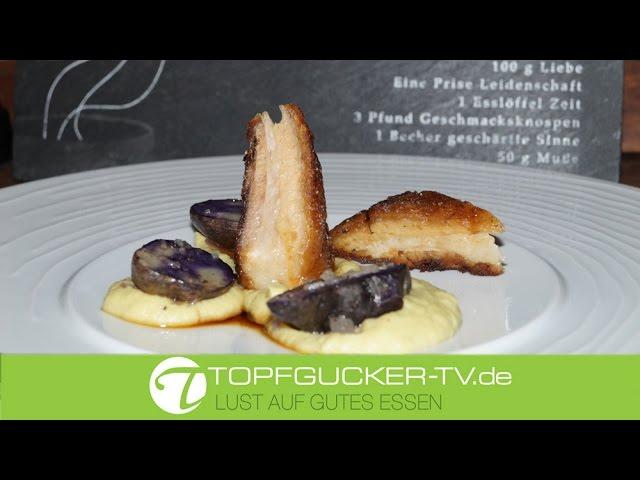 Konfierter (confierter) Schweinebauch auf Rosenkohlpüree und Vitelotte | Rezeptempfehlung Topfgucker-TV