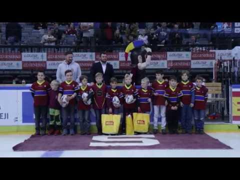 Malí ragbisté Sparty na hokeji