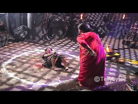 Shivanya saves Sesha from Guru Maa's trap in Naagi
