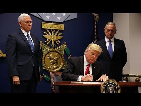 Με νέο αντιμεταναστευτικό διάταγμα επανήλθε ο Τραμπ