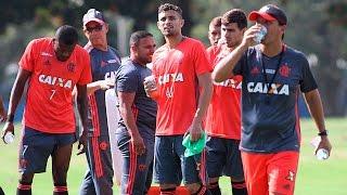 INSIDE, volume 1. Cenas do treino do Flamengo nesta quarta-feira, 13 de julho. ------------- Seja sócio-torcedor do Flamengo: http://bit.ly/1QtIgYl ---------...