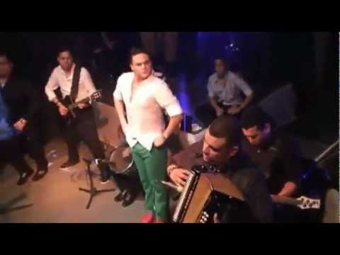 La Cosita Pase Del Pirikiri Pi Silvestre Dangond & Rolando...