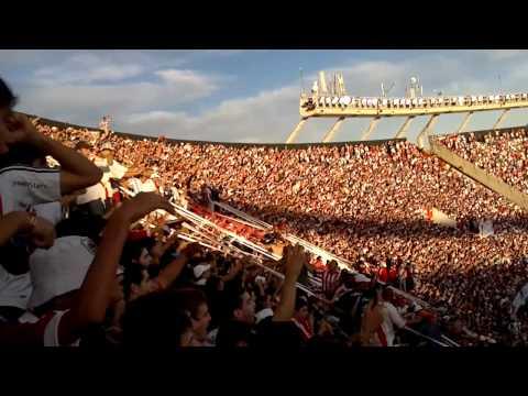Video - Llega el domingo voy a ver al campeón 2013 - Los Borrachos del Tablón - River Plate - Argentina