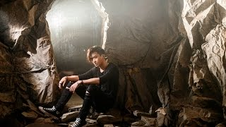 Download Lagu 邱鋒澤QIU FENG ZE -  有人在嗎 Is Anyone Out There [Official MV] Mp3