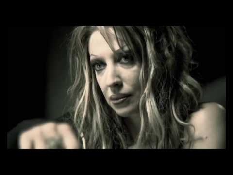 Tekst piosenki Mandragora Scream - Breaking Dawn po polsku